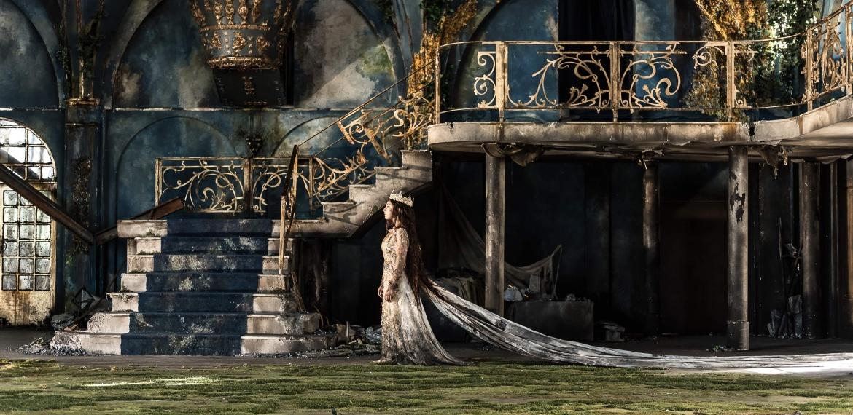 Garsington Opera 2017 Pelléas et Mélisande Andrea Carroll (Mélisande) credit Clive Barda