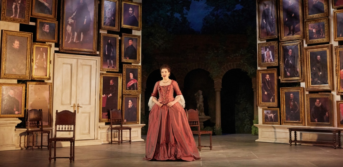 Le nozze di Figaro Garsington Opera 2017 Kirsten MacKinnon (Countess) credit Mark Douet-min.jpg