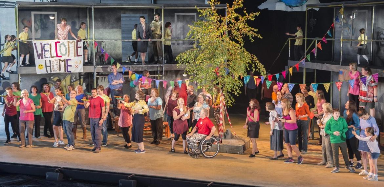 Garsington Opera 2017 Silver Birch Community Chorus credit John Snelling