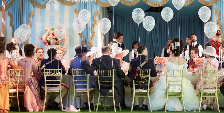 Cosi fan tutte at Garsington Opera